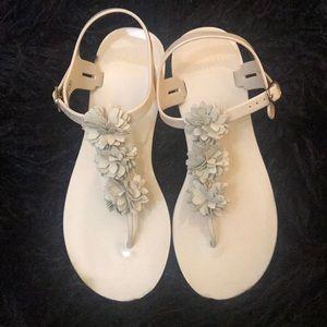 Crown & Ivy Nude Floral Sandals